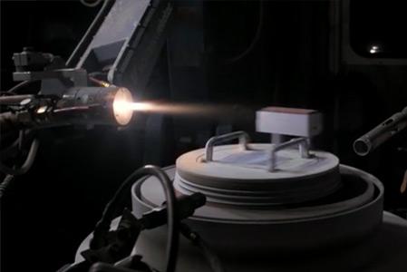 High-Tech Fertigungsverfahren im Einsatz bei der MTU: Plasmaspritzen